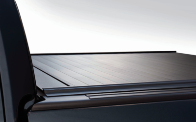 RETRACTABLE HARD TONNEAU COVER